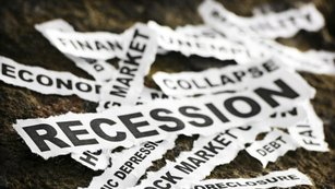 USA: Sebenaplňující se proroctví recese?
