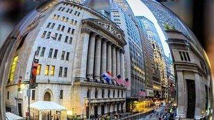 Deutsche Bank: Americké akcie čeká růst na 2 500 bodů indexu S&P 500, pak trhy spolkne medvěd
