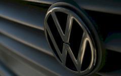 Podv�d�l VW v USA i v dal��ch oblastech?! Podez�ele n�zk� pom�r zran�n� a �mrt� v jeho vozech