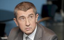 Babiš píše Sobotkovi: Zákon jsem neporušil, ale majetek si zdaním