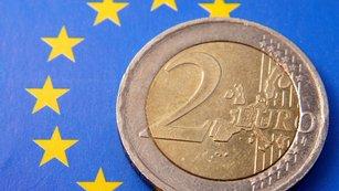 Eurozóna: Jsou bankovní vklady ještě bezpečné? A která země je v rámci dluhové krize další na řadě?