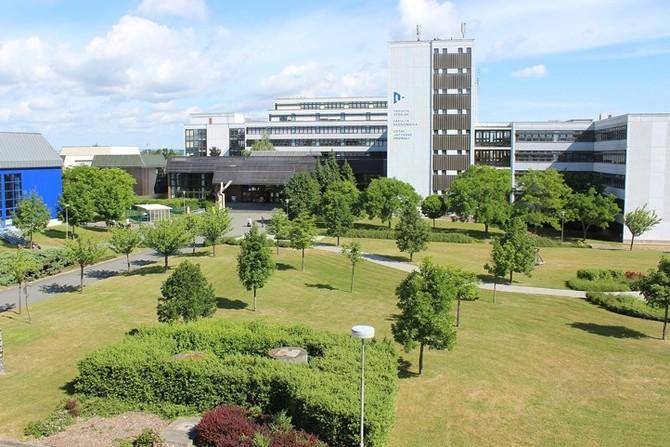 Univerzitní areál na Borech