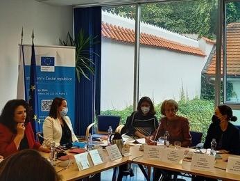 Kulatý stůl s evropskou komisařkou pro rovnost Helenou Dalli