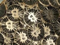 Bitcoin poprvé po 15 měsících nad 11 000 USD = +170% od začátku roku